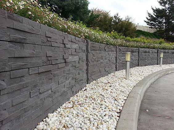 pagar panel beton bermotif subang